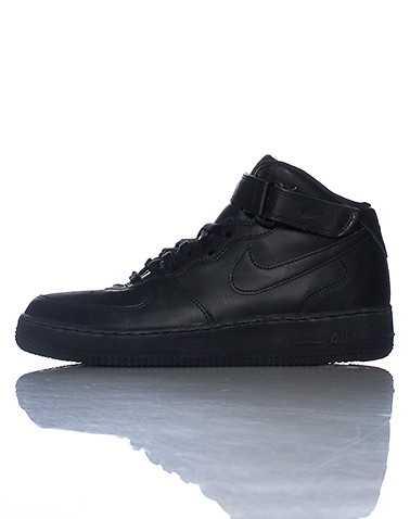 NIKE MENS Black Footwear / Sneakers 10
