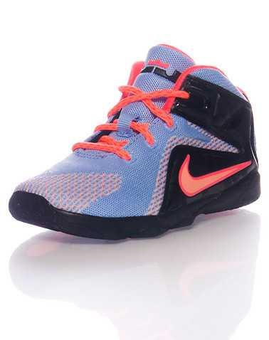 NIKE BOYS Multi-Color Footwear / Sneakers 5C