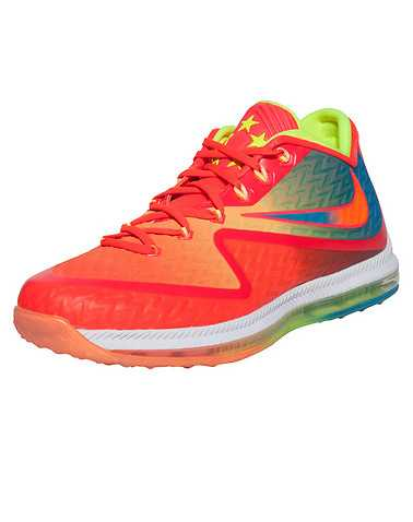 NIKE MENS Multi-Color Footwear / Sneakers