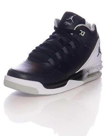 JORDAN BOYS Black Footwear / Sneakers 4.5Y