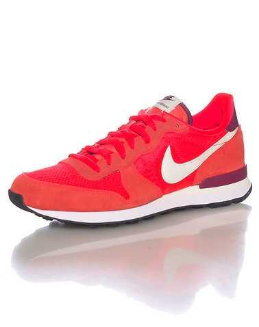 NIKE SPORTSWEAR MENS Orange Footwear / Sneakers 9.5