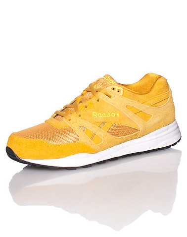 REEBOK MENS Yellow Footwear / Sneakers 10.5