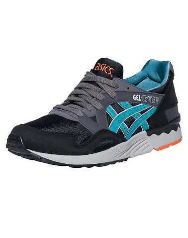 ASICS BOYS Black Footwear / Sneakers 6