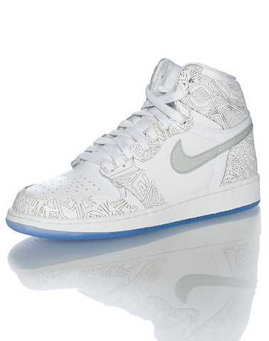 JORDAN BOYS White Footwear / Sneakers 4Y