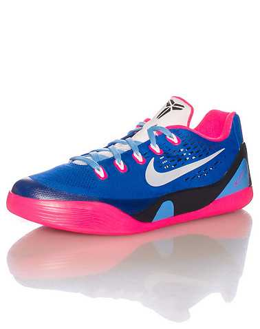 NIKE GIRLS Purple Footwear / Basketball 5.5Y