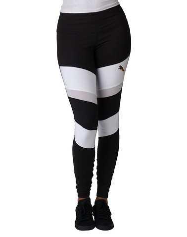 PUMA WOMENS Black Clothing / Bottoms