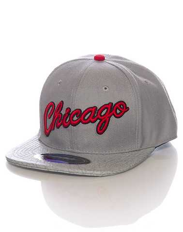 PRO STANDARD MENS Grey Accessories / Caps Snapback One Size