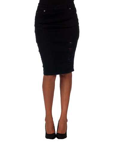 LA BELLE ROC WOMENS Black Clothing / Skirts 3/4