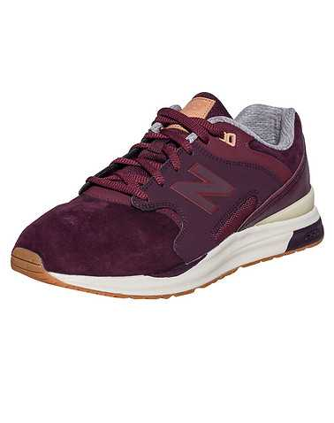 NEW BALANCE MENS Burgundy Footwear / Sneakers