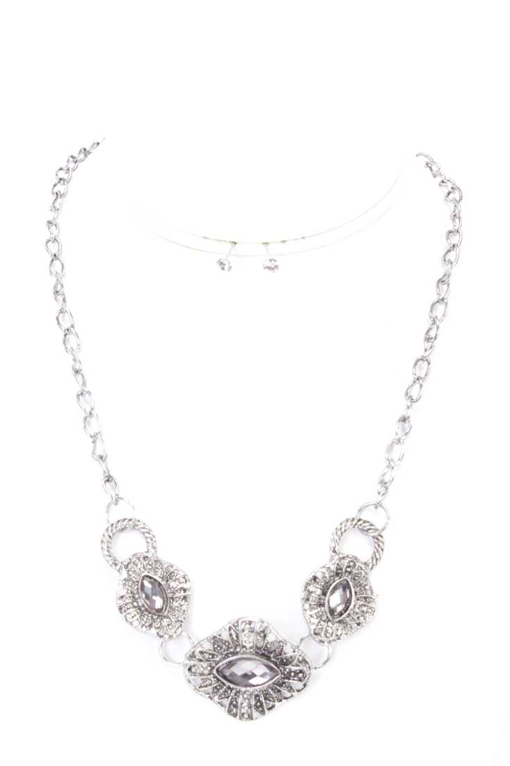 Silver Intricate Design Rhinestone Necklace